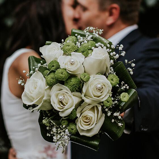 Virág, menyasszonyi csokor
